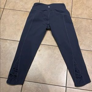 Athletica gray cropped leggings size S